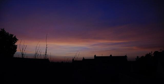 ce matin au lever du jour, il est 5 h