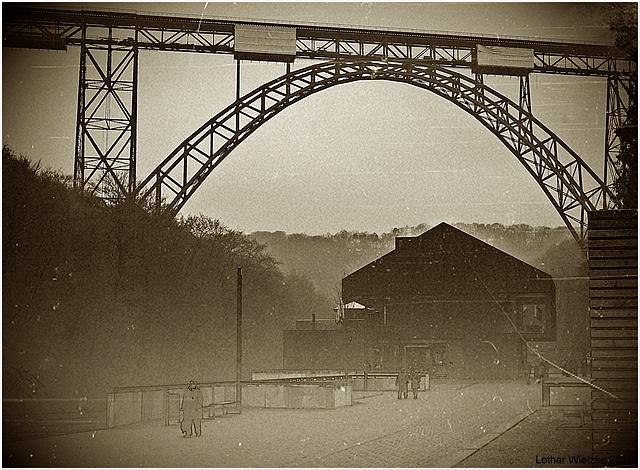Müngstener Brücke - Bahnstrecke Wuppertal-Oberbarmen–Solingen