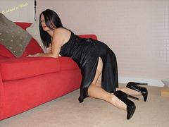 Vivienne in black pumps / Angel of heels !