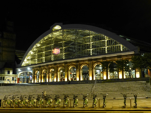 Liverpool Lime Street (2) - 13 July 2015