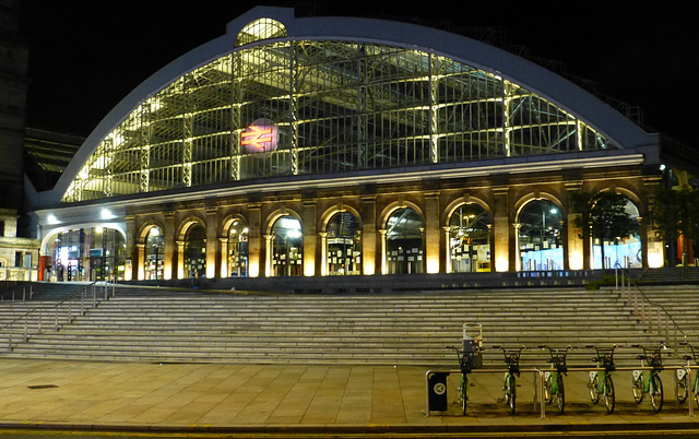 Liverpool Lime Street (3) - 13 July 2015