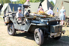 Lady and a Jeep ~ Woodhall Spa 1940's weekend ~ 2018