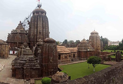 lingaraj-temple-in-bhubaneswar