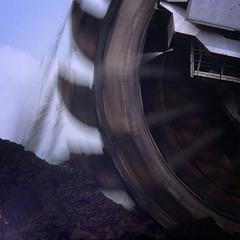 Speedy Brown Coal Bagger