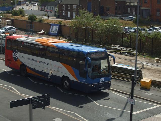 DSCF9040 Stagecoach Midlands KX58 NCE - 30 April 2015
