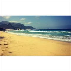Praia grande.