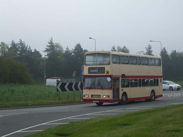 DSCF8992 Moxons Coaches J352 XET