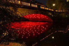 Rotlicht an der Jasperalleebrücke in Braunschweig