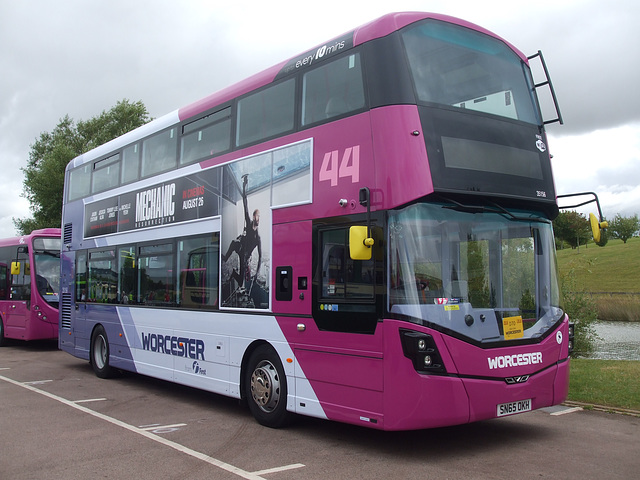 DSCF4774 First Midland Red SN65 OKH  - 'Buses Festival' 21 Aug 2016