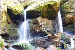 Cascade de Nutons