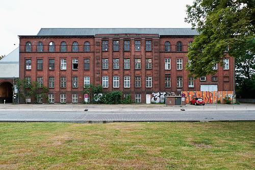 Zentrale Kraftwerk Bullerdeich // haus-1210230-co-14-06-15