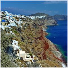 Santorini : Oia e Thira costruite sul bordo del cratere vulcanico  emerso dopo la catastrofe. - (968)