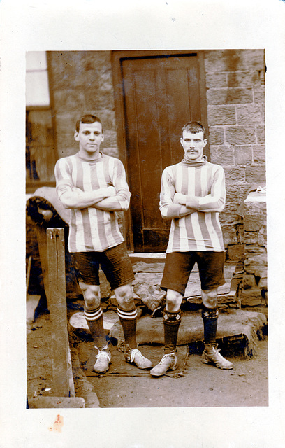 Unidentified footballers c1920
