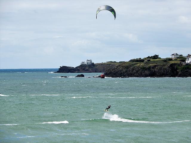 le surfeur qui vole
