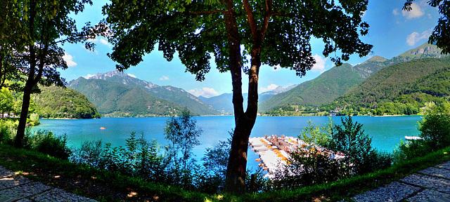 Am Lago di Ledro.  ©UdoSm