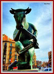 """Toro pensant"" - Barcelona"