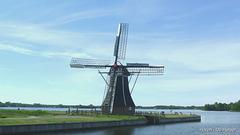 Dutch Windmills (slideshow)