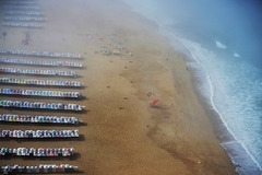 Nazaré, the day is up - beach time.
