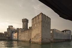 War Walls of the Past - HWW!