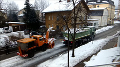 Clearing snow in the Allgäu, Pictures 2 from 3. ©UdoSm