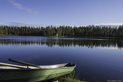 am Saarijärvi in der Nähe von Särkimukka (© Buelipix)