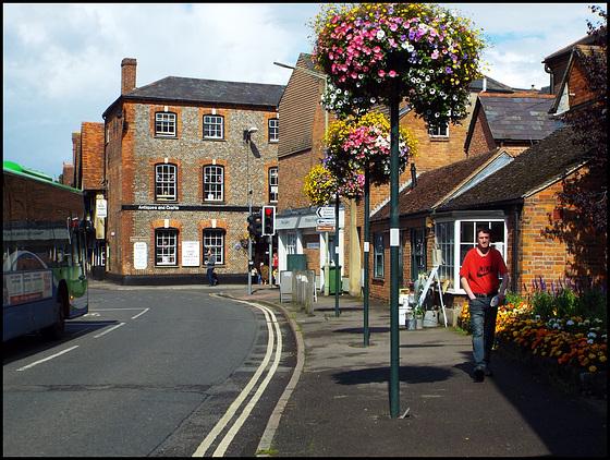 Wallingford flower posts