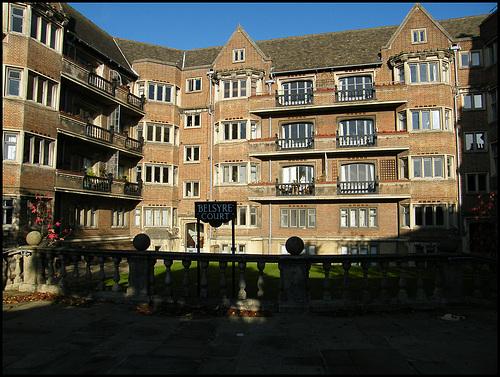 Belsyre Court flats