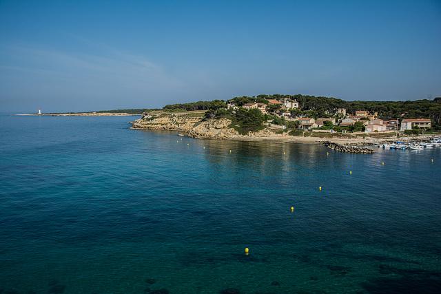 This morning cerca de Martigues.................Hummmmmm this azul!!!!!!!!