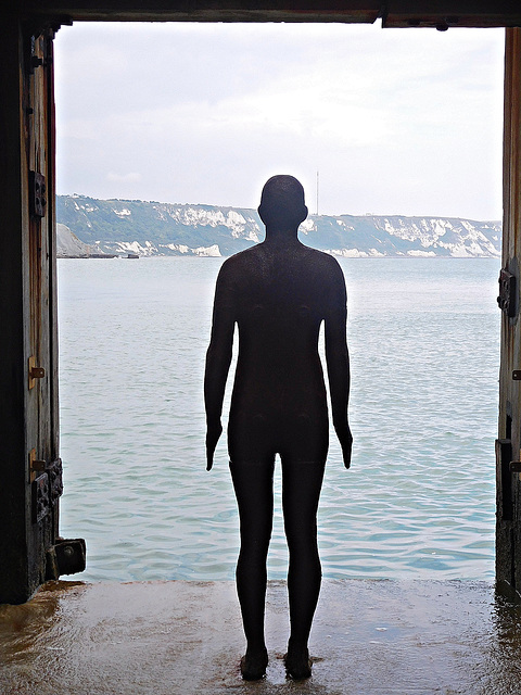 Gormley and cliffs