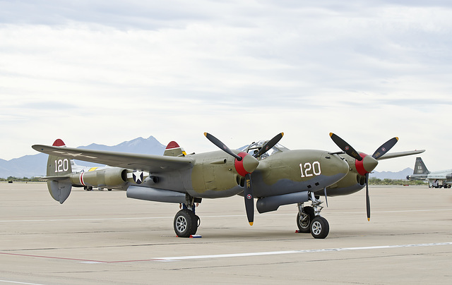 Lockheed P-38L Lightning N38TF
