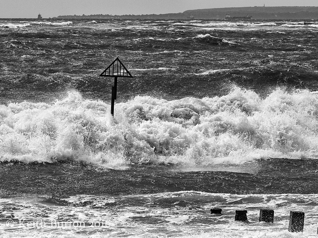 Heavy seas at Hayling Island