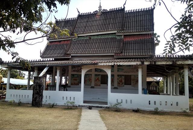 Architecture typiquement laotienne / Laotian building