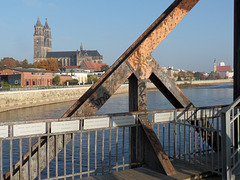 Der Magdeburger Dom von der alten Hub-Brücke