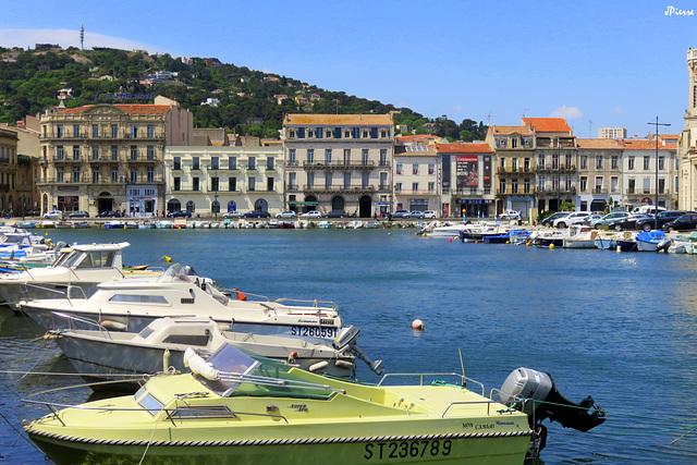 Port de Sète avec le Mont St Clair