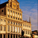 ...sehen sie das Rathaus in schönstem Licht - see the town hall in the most beautiful light...