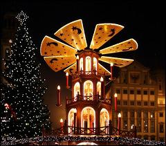 Besuchen Sie den Augsburger Christkindlesmarkt - Visit the Augsburg Christmas market...