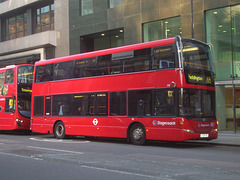 DSCN0136 Stagecoach London 15110 (LX09 FZG) - 3 Apr 2013
