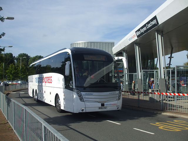 DSCF4904  Skills BX16 CGZ  (National Express contractor) at Milton Keynes - 1 Sep 2016