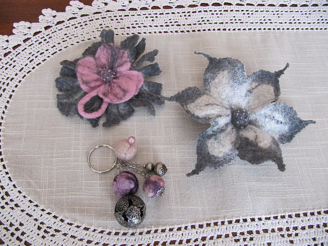 felted brooches and key ring