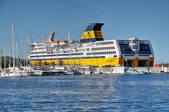 TOULON: Le port 07