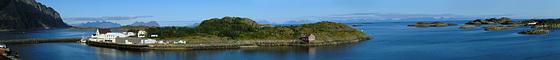 Sauøya island from Henningsværbrua bridge