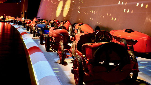 Turin 2017 – Museo Nazionale dell'Automobile – Red and one blue