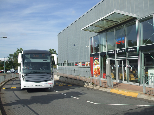 DSCF4914 Chalfont Coaches BK14 LEJ  (National Express contractor) at Milton Keynes - 1 Sep 2016