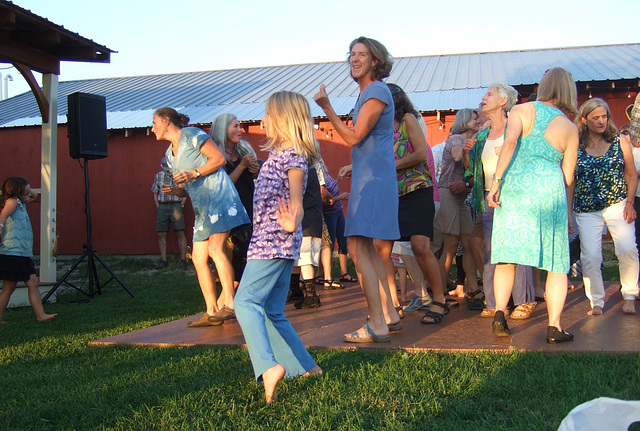Happy Dancers #2