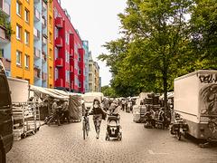 Berlin. Kreuzberg. Maybachufer. 201506 ... ♫ ♪ ♪ ♫