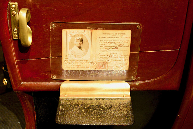 Turin 2017 – Museo Nazionale dell'Automobile – 1913 Driver's license for a lady