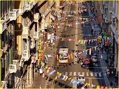 Genova : 70° anniversario Costa Crociere - Il Gran Pavese in via XX Settembre - (948)