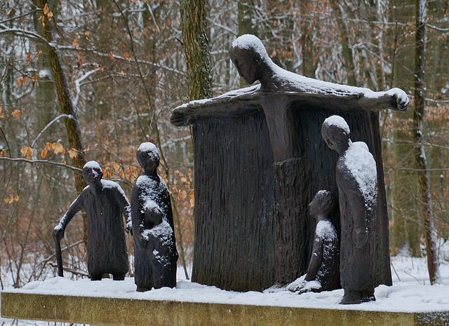 Im Friedwald - In the Forest Cemetery - Cimetière dans les bois