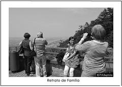 RETRATO DE FAMÍLIA (Family Portrait)- Köln