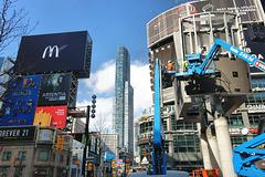 Yonge & Dundas, Toronto